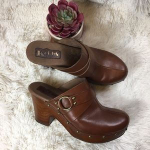 Korks Ease Wooden Leather Buckle Heeled Mules 8